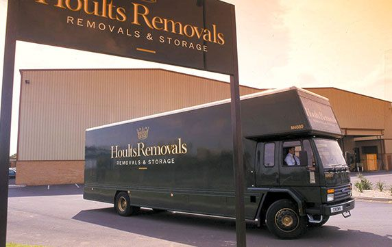 hoults removals van